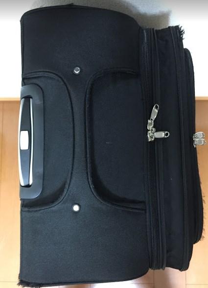 3ecef4d98f 布製のソフトタイプのスーツケースであるなら、こういった取手がベストです。一番壊れにくいです。  本体とガッチリ縫い合わせられたこういうタイプを選ぶ事をオススメ ...