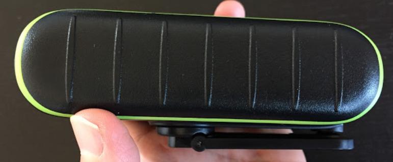 ソーラー発電できるモバイルバッテリーのチャージックミニ